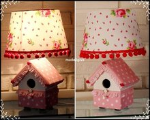Design-lamp-dots-pink-roses
