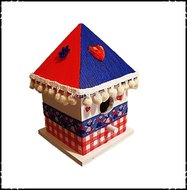 Vogelhuisje-puntdak-Holland-stijl-blauw-rood-dak