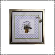 Wanddecoratie-Lavender-met-zilverkleurige-lijst